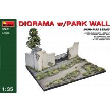 1:35 Diorama w/Park Wall