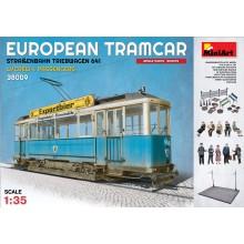1:35 EUROPEAN TRAMCAR (StraBenbahn Triebwagen 641) w/CREW & PASSENGERS