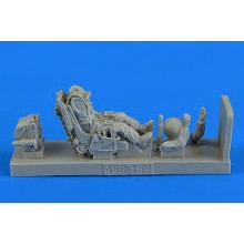 1:48 Soviet Fighter Pilot w.ejection seat for Su-27 Flanker