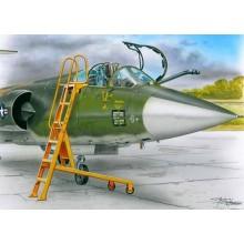 1:48 Ladder for F-104