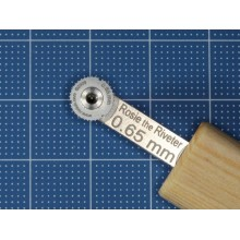 1/48 Rosie the Riveter Riveting tool 0.65mm