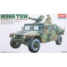 1:35 M-966 HUMMER W/TOW
