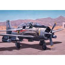 1:72 NORTH AMERICAN T-28 FENNEC /TROJAN