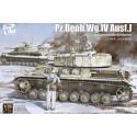 Pz.Beob.Wg. IV Ausf. J w/Commander&Infantry 1:35