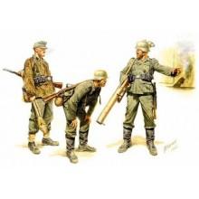 German Tank Hunters, 1944