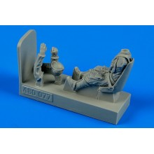 1:48 German WWII Luftwaffe pilot with seat for Bf 109E