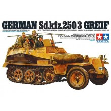 1:35 German Sd.Kfz. 250/3 Greif