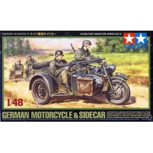 1:48 German Motorcycle and Sidecar