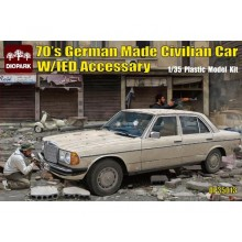 70's German Made Civilian Car w/IED Accessory 1:35