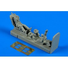 1:48 Soviet Fighter Pilot with ejection seat for MiG-25